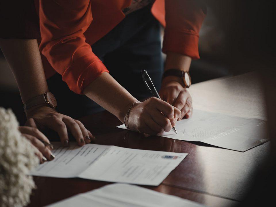 ilegal-ligar-contratos-de-interinidad